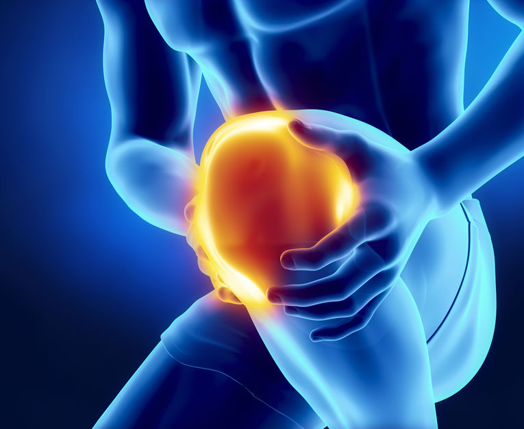 Hands-Grabbing-Inflamed-Knee-Graphic-Image-For-Knee-Pain-From-Bowling