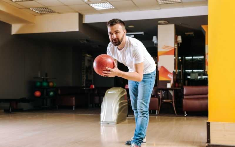Image of Bowler Targeting His Shot For Improving Your Bowling Targeting Article